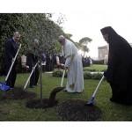 Papa-Perez-Abbas-Vaticano2